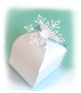 Snowflake Favor Box Die (99030)