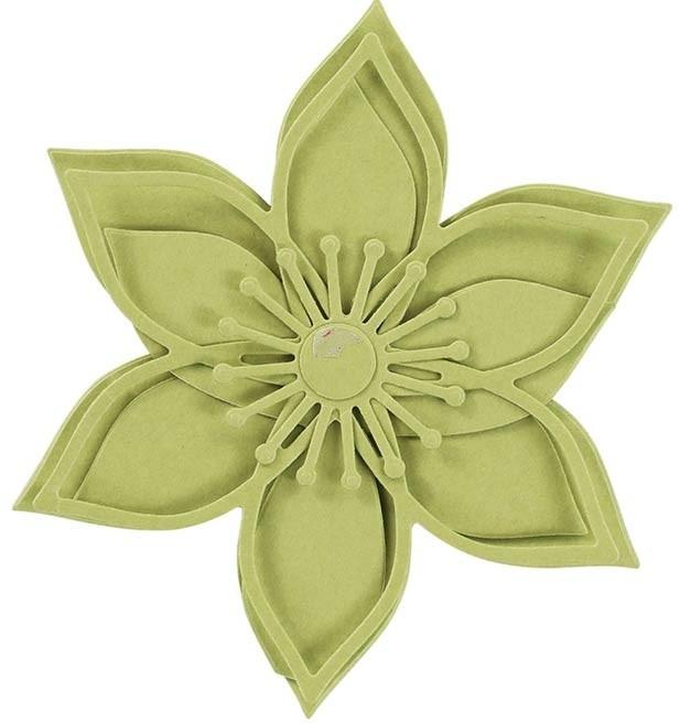 SALE - Spellbinders Star Burst Bloom Die Set